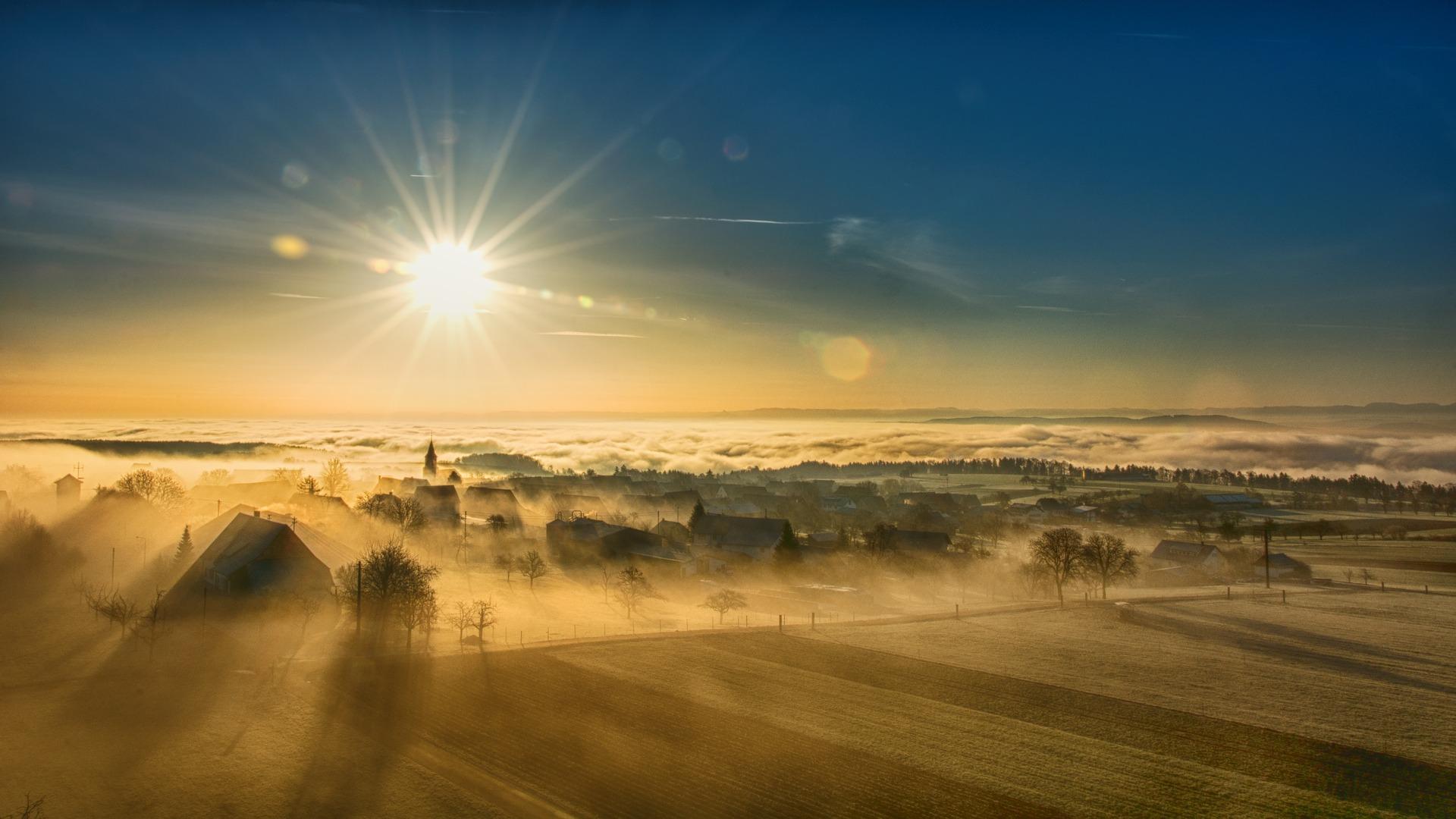 17-10-21-3-Pixabay-Ortschaft-Nebel
